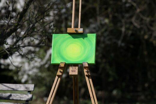 Energie-Bild – Energie-Spirale grün mit gelbem Zentrum - Meine Spiritualität