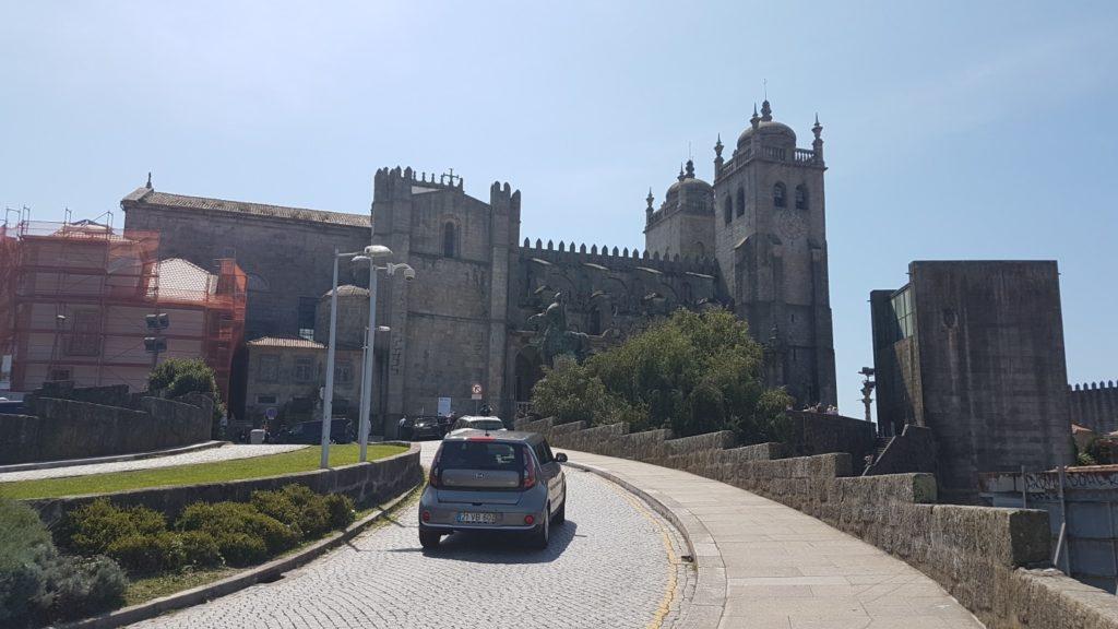 Jakobsweg - MeineSpiritualitaet.de -  Die Kathedrale von Proto - Ausgangspunkt unseres Camino Portugues da Costa.