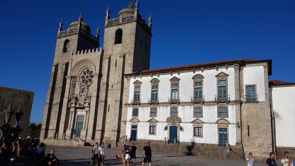 Jakobsweg - MeineSpiritualitaet.de -  Die Kathedrale von Porto.