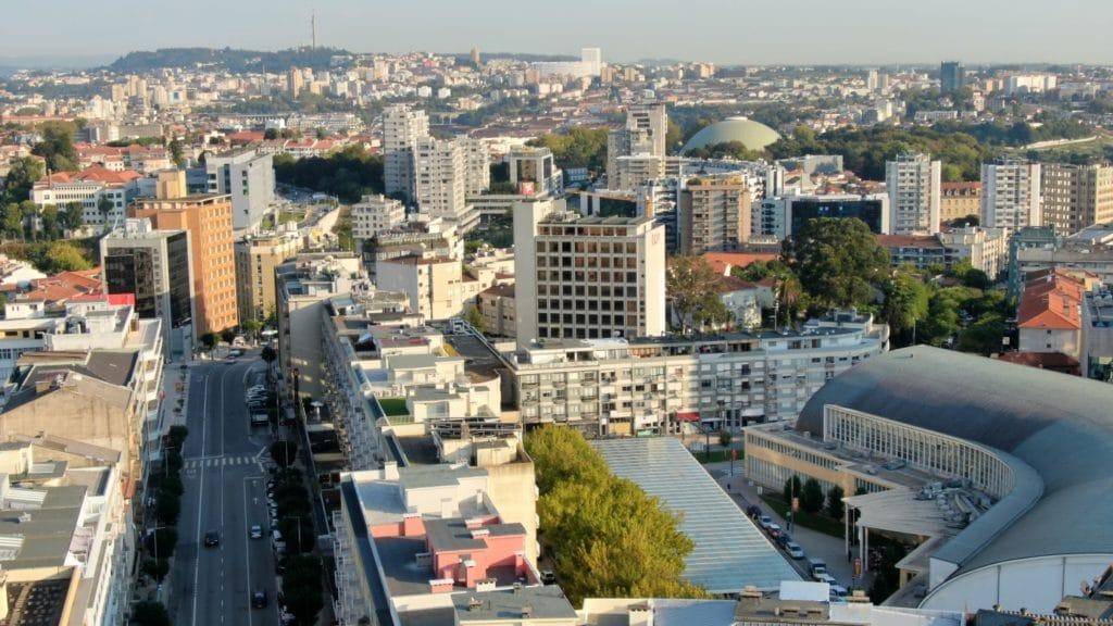 Jakobsweg - Meine-Spiritualitaet.de - Blick über Porto mit Hilfe unserer Kameradrohne
