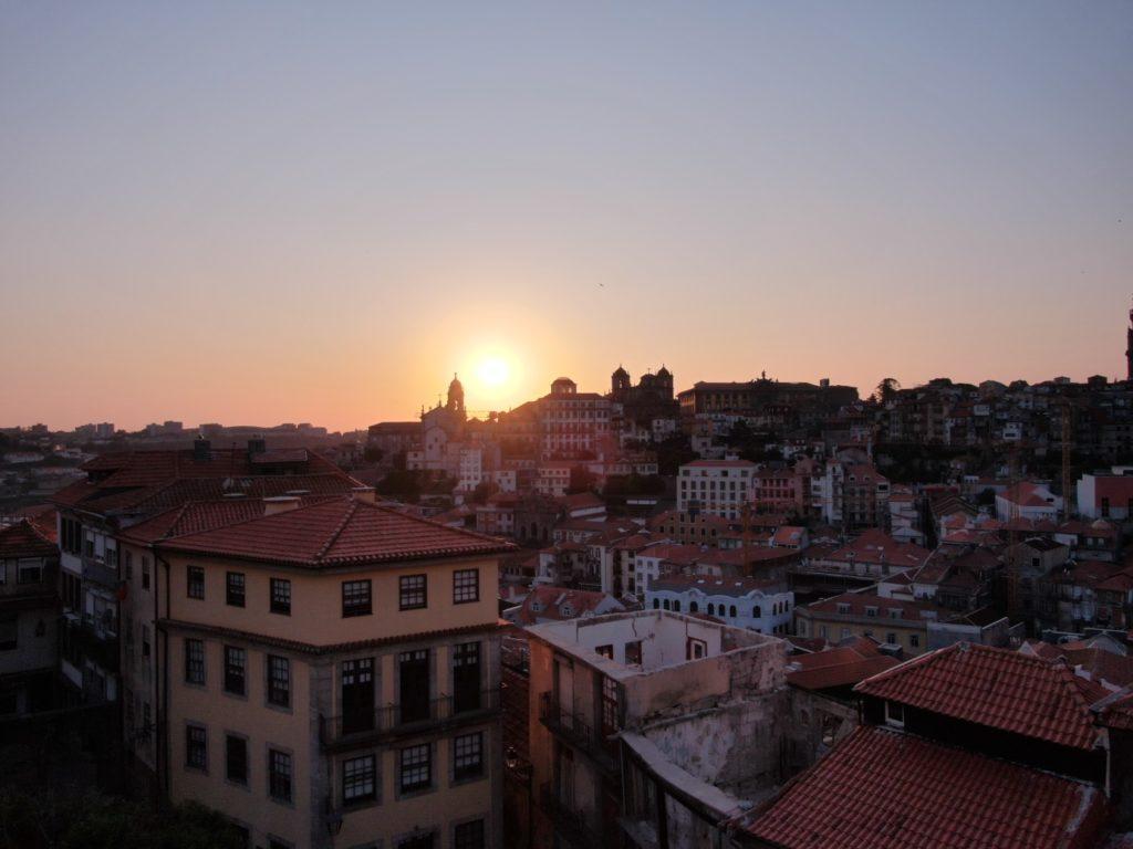 Jakobsweg - Meine-Spiritualitaet.de - Sonnenuntergang in Porto